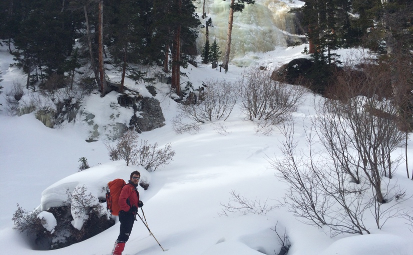10 Things You Need to Know for Hiking in the Snow